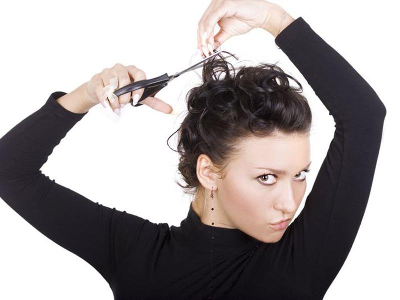 Как подстричь волосы самой себе на плечи. Инструкция с 88
