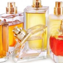 Как наносить духи, чтобы запах держался дольше?